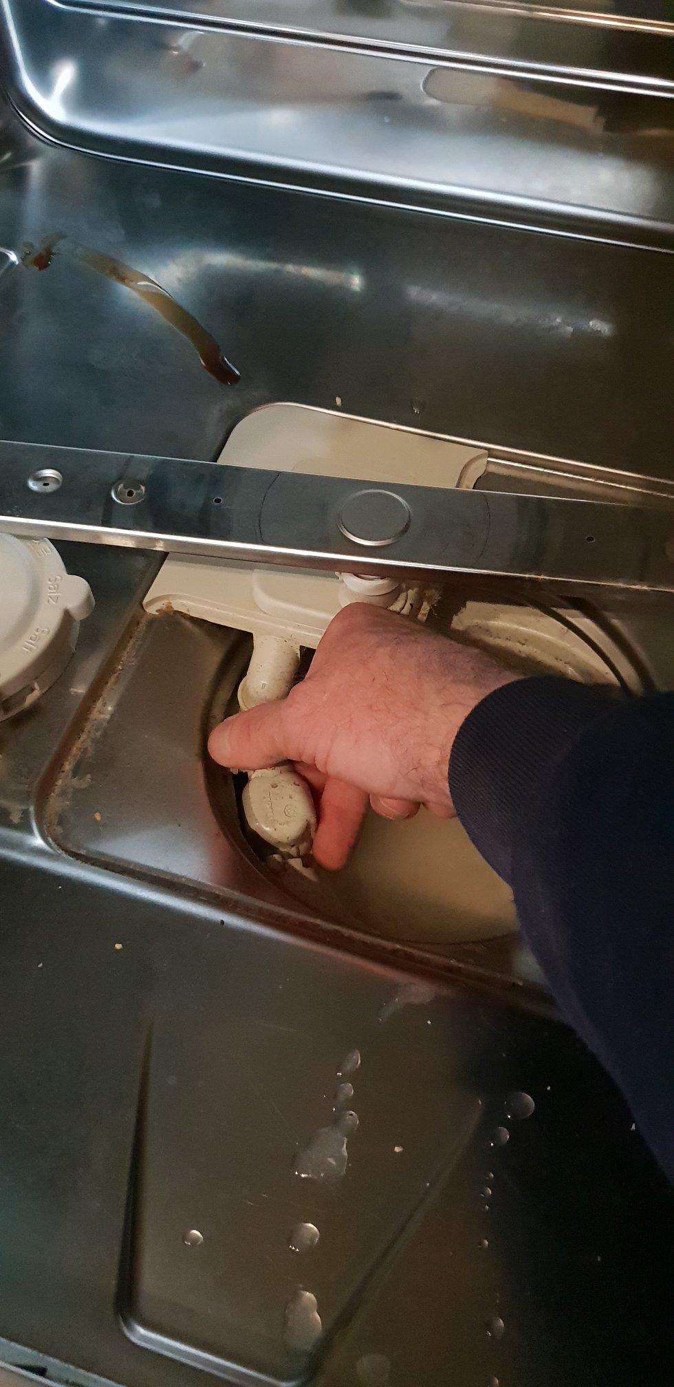 Rens af pumpe på vaskemaskine