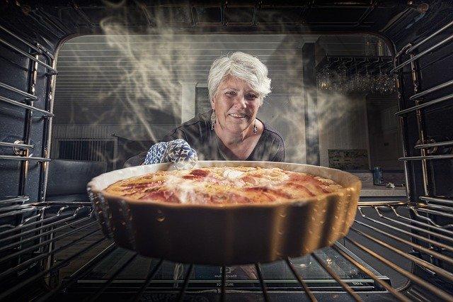 Derfor bager din ovn ujævnt